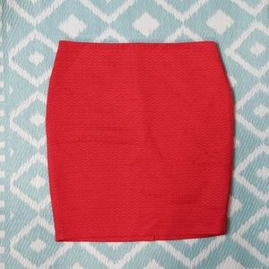 The Limited sz 12P red textured pencil skirt